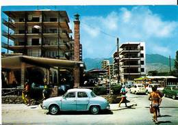 CPM  Automobile   Las Villas Benicasim Cas (Espagne) Vista , Voiture Gros Plan Renault Dauphine - Voitures De Tourisme