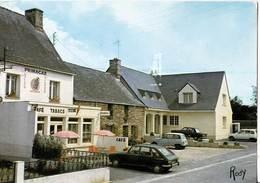 CPM  Automobile   Severac  (44 ) Place Et Nouvelle Mairie Voiture  Renault R6 L   Café  Tabac Primagaz - Voitures De Tourisme