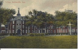 Le Collège, Berthierville, Quebec, L'Hôtel Manoir De Berthier  (18.631) - Quebec