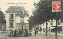 """.CPA  FRANCE 69 """" Cours, Place De La Bouverie"""" - Cours-la-Ville"""