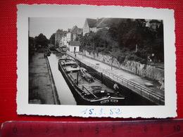 Saverne . Photo Originale D' Une Péniche écluse . De 1952 . - Barche
