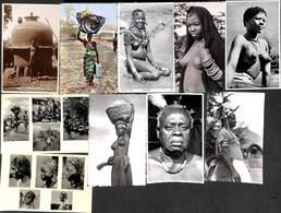 Afrique - Lot 61 Cartes (Congo Animation Colorisée Homme Femme Seins Nus....) - Postkaarten