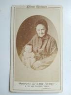 CDV Émile Tourtin - Grand' Mère Et Son Petit-fils - Épreuve Spécimen Voir Dos - BE - Foto