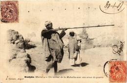 CPA AK Geiser 9 Oudjda Un Soldat De La Mahalla Avec Son ALGERIE (755766) - Algeria