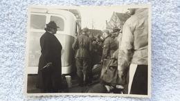Foto Ankunft Der Heimaturlauber Mit Bus In Köln Soldat 1940 2 WK Militär Wehrmacht - 1939-45