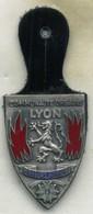 Insigne Sapeur Pompier, Communauté Urbaine, LYON___email FIA - Pompiers