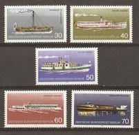 Allemagne Berlin 1975 - Bateaux De Croisière Fluviale - Série Complète MNH - Moby Dick - Vaterland - Sperber - Siegfried - Alla Rinfusa (max 999 Francobolli)