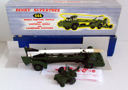 DINKY TOYS Lance Missile - Jouets Anciens