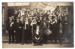 SAVIGNY SUR BRAYE (41) - CARTE PHOTO - GROUPE DE MILITAIRES MUSICIENS - Photo A. BRIANT, Savigny Sur Braye - Francia