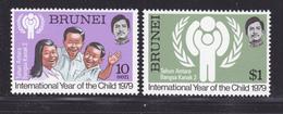 BRUNEI N°  245 & 246 ** MNH Neufs Sans Charnière, TB, Année De L'enfant UNICEF 1979 (D9120) - Brunei (1984-...)