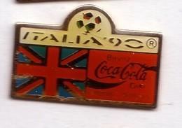 C272 Pin's Foot Football Coupe Monde Italie Coca Cola Coke Drapeau Angleterre England Achat Immédiat - Coca-Cola
