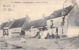 18 - SENS BEAUJEU : La Place, Côté Nord ( Auberge POTIER ) CPA Village ( 400 Habitants ) - Cher ( Berry ) - France