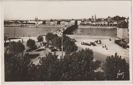 Saône  Et  Loire : MACON :  Vue  Les  Quais  Vus  St  Laurent - Macon