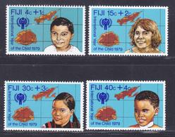 FIDJI N°  401 à 404 ** MNH Neufs Sans Charnière, TB, Année De L'enfant UNICEF 1979 (D9129) - Fiji (1970-...)