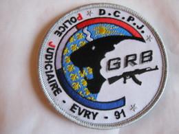 ECUSSON POLICE NATIONALE LA DCPJ GRB DU 91 EVRY SUR VELCROS ETAT EXCELLENT - Police & Gendarmerie