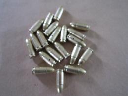 20 Cartouches Cal 9mm Parabellum Datées De 1954 Guerre Indochine (neutralisées) - Equipement