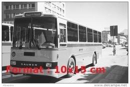 Reproduction D'une Photographie D'un Bus Saurer Lauber RH Des PTT - Repro's