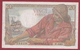 """20 Francs """"Pêcheur"""" Du 10/03/1949.A---TTB+---ALPH .P.193--3 TROU D ' EPINGLE Numéro-- 28218 - 20 F 1942-1950 ''Pêcheur''"""