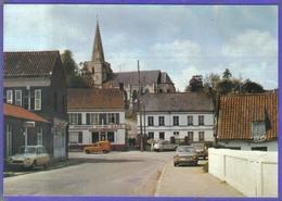 Carte Postale 62. Nielles-les-Bléquin   Renault 4L    Citroën  Très Beau Plan - Frankreich