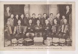 CPA-38-Isère- Société Musicale D'Accordéonistes De GRENOBLE, Fondée Le 15 Décembre 1931- - Grenoble