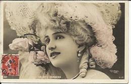 ARLETTE DORGERE , Actrice , Photo : Reutlinger , 1908 - Entertainers