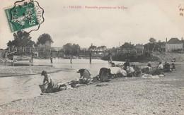 CPA - 03 - VALLON-EN-SULLY - Passerelle Provisoire Sur Le Cher -  015 - Autres Communes