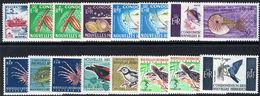 French New Hebrides 1963-72 Set Unmounted Mint. - Leyenda Francesa