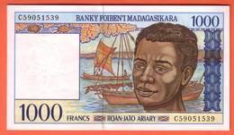 MADAGASCAR - 1.000 Francs / 100 Ariary  De 1994 - Pick 76 - Madagascar