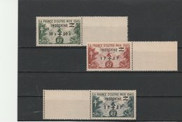 INDOCHINE **LUXE TIMBRES N° 296/298 COTE 2.60 - Neufs