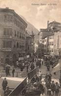 Italie Bolano Piazza Delle Erbe Cpa Carte Animée Boutique Rue Commercante Marchands - Bolzano