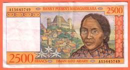 MADAGASCAR - 2500 Francs / 500 Ariary  De 1998 - Pick - Madagascar