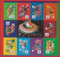 France .Bloc N°19 Coupe De Monde De FOOTBALL 1998 ( Le Stade De France ) Timbres N°3010/3013.N°3074/3077.N°3130/3131 - Nuovi