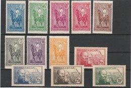 MADAGASCAR TIMBRES**LUXE N° 214/225 - Madagascar (1889-1960)