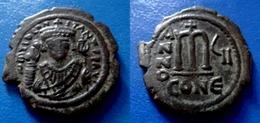 BYZANTINE - TIBÈRE II - CONSTANTINOPLE - RARE AVEC E DERRIÈRE CON - MAGNIFIQUE - Byzantinische Münzen
