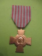 Médaille / Croix Du Combattant/ République Française/ / 1935  MED365 - France