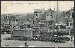 Saint-Dizier - La Rue Jeanne D'Arc - Locomotive EST N° 2432 Type 220 - P. G. - A. Gauthier édit. - Voir 2 Scans - Saint Dizier