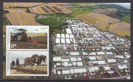 2018 Ireland Agriculture Horses Tractor Souvenir Sheet MNH @ Below Face Value - Ongebruikt