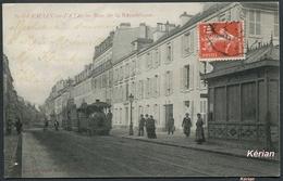 Saint-Germain-en-Laye - Rue De La République (avec Tramway) - Edition Du Grand Bazar Du Marché - See 2 Scans - St. Germain En Laye