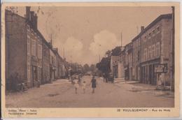 FAULQUEMONT - Rue De Metz - Faulquemont