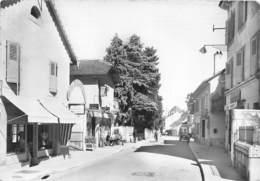 01-DIVONNE-LES-BAINS- LE CENTRE DE LA VILLE ET ROUTE DE NYON - Divonne Les Bains