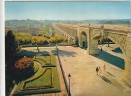 *** CALENDRIER 1975*** MONTPELLIER  14x20cm --carte Postale Géante Calendrier Au Dos Offert  éditions  YVON - Calendriers