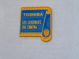 Pin's PELLICULE, TOSHIBA, LES LEGENDES DU CINEMA - Fotografie