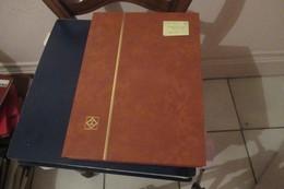 Collection Générale  Canada à Zaïre  Russie 1970 - 1988   ( Magnifique Classeur De 64 P )  74  Scans - Timbres