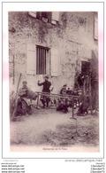 C.P.A   DE  LA GUERRE DE 1914   --   DISTACTION  SUR  LE FRONT  -- ORCHESTRE  FAIT TOUT ET DE RIEN  ---------- - Guerra 1914-18