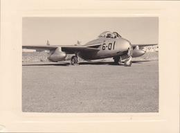 Photographie Anonyme Vintage Snapshot Avion Aviation Plane  Aérodrome - Aviation