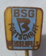 BSG Fortschritt Weissenfels GERMANY DDR FOOTBALL CLUB SOCCER / FUTBOL / CALCIO  PINS BADGES P4/2 - Balonmano