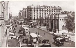 AR83 Marble Arch And Oxford Street, London - Busy Street Scene - London