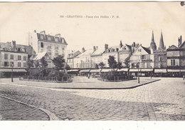 CHARTRES : T.RARE CLICHE DE LA PLACE DES HALLES .N° 306 N.CIRCULEE.B.ETAT.PETIT PRIX.COMPAREZ!!! - Chartres