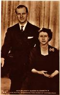 CPM AK H.M. Queen Elizabeth II&H.R.H. Prince Philip BRITISH ROYALTY (765955) - Royal Families