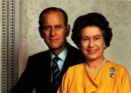 CPM AK H.M. Queen Elizabeth II&H.R.H. Prince Philip, BRITISH ROYALTY (766743) - Royal Families